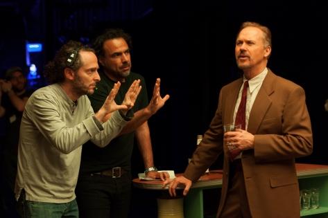 Emmanuel Lubezki, Alejandro González Iñárritu y Michael Keaton en el rodaje de BIRDMAN.