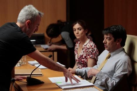 David Ilundain dirigiendo a Manolo Solo durante el rodaje de 'B' / Álvaro García Coronado