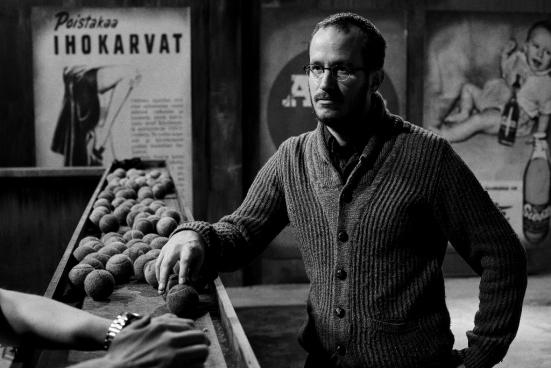 Juho Kuosmanen durante el rodaje de la película