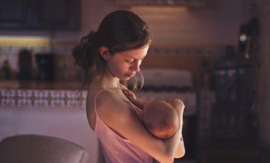 Valeria y bebé_IMG_1321.jpg