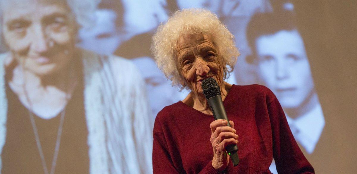 Cecilia Mangini: otra forma de mirar a Italia