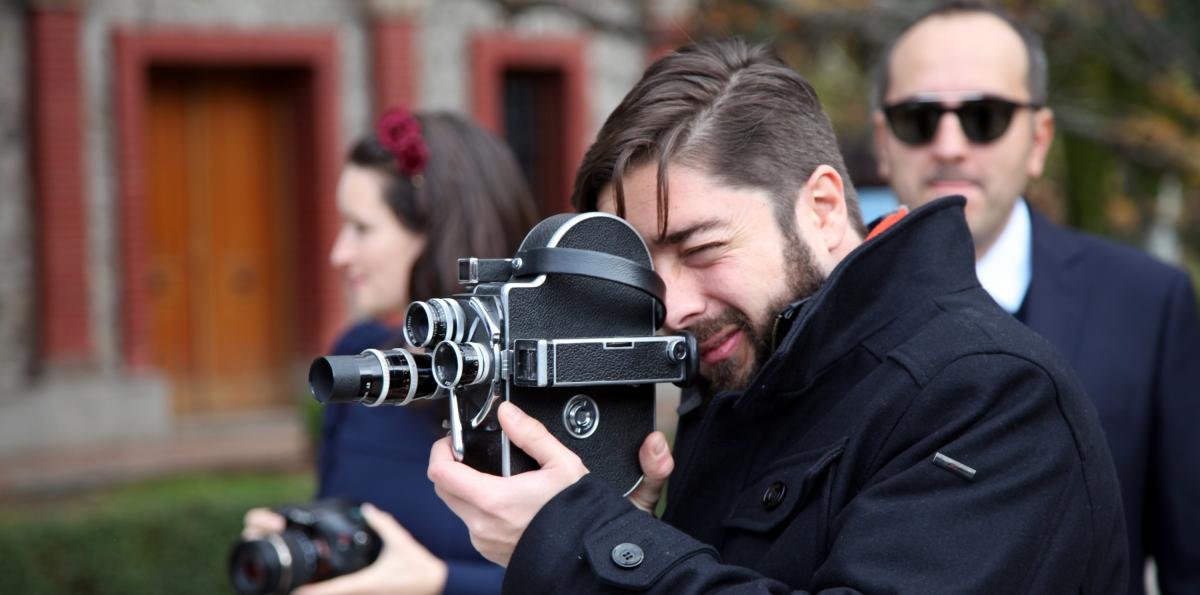 Entrevista con Samuel Alarcón, director de 'Oscuro y Lucientes'